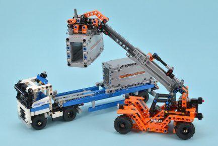 LEGO Technic - Konténerszállító 42062